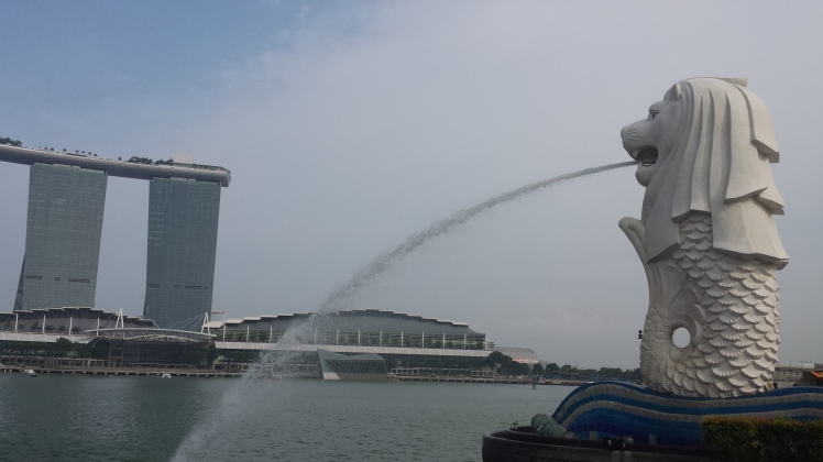 The iconic Merlion Park Lion fountain