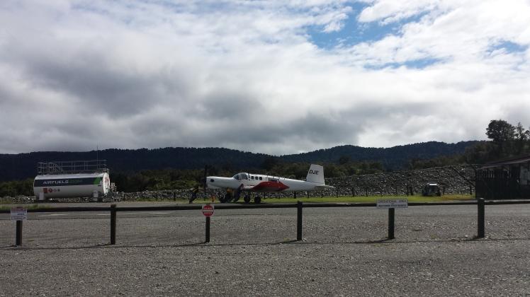 Skydive plane